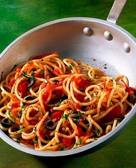 Espagueti-con-testo-de-olica-MisRecetas